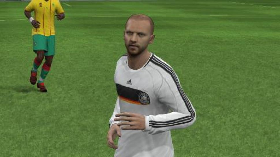 Maik im Dress der Nationalmannschaft in FIFA 10