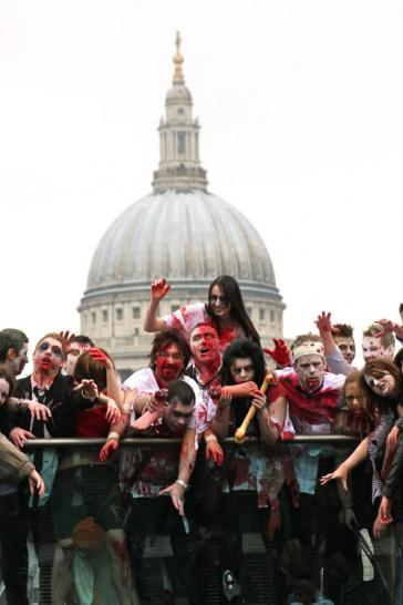 Zombies suchen London heim (1)