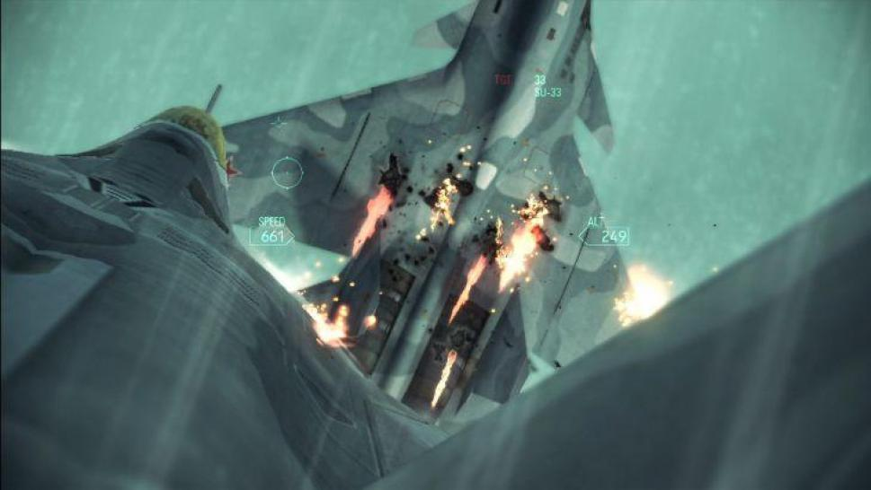 Ace Combat: Assault Horizon will Flugaction und Third-Person-Shooter-Elemente bieten. (1)