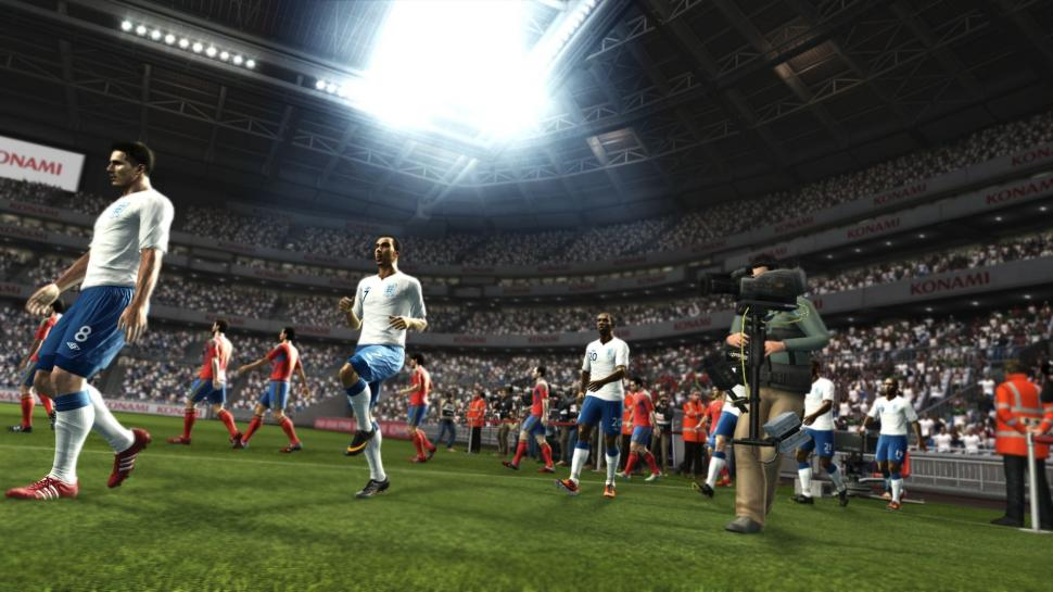 Neue PES 2012-Videos zeigen die Teammate-Control in Pro Evolution Soccer 2012. (1)