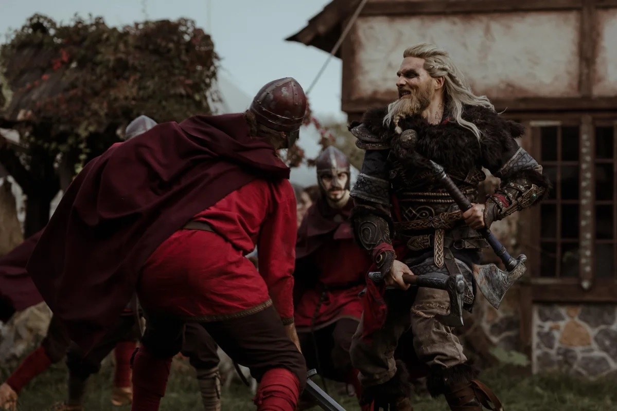 Assassin's Creed Valhalla: Great short film with Maul Cosplay as Eivor